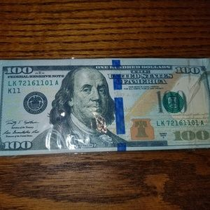NEW MEN 100 DOLLAR BILL WALLET HOLDS CASH & CARDS